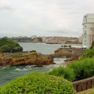 Die Parkplatzsuche ist in Biarritz nicht ganz einfach, aber lohnt sich für einen Stadtbummel