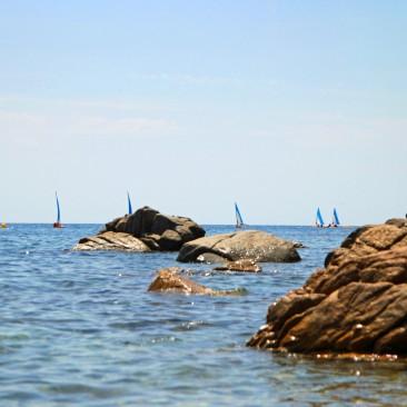 Tossa de Mar liegt rund 20 Minuten nördlich von Llorret de Mar