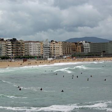 Surfer-Strand von San Sebastián