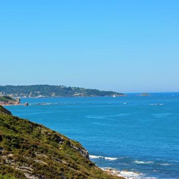 Die Küstenstraße zwischen Saint-Jean-de-Luz und Hendaye bietet ständig großartige Aussichten