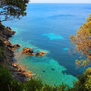 Glasklares Wasser, beinahe karibisches Flair