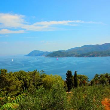 Immer wieder großartige Aussichten auf Elba