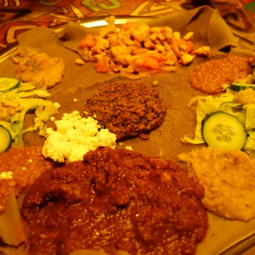 Afrikanisch essen - sieht merkwürdig aus, ist aber lecker