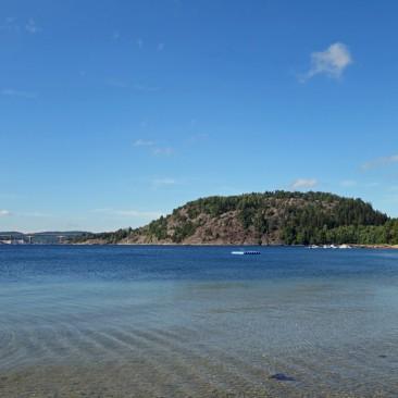 Schöner gepflegter Platz mit tollem Strand