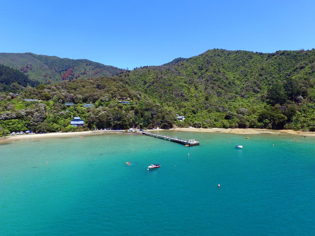 Bucht am Queen Charlotte Drive nahe Mapua