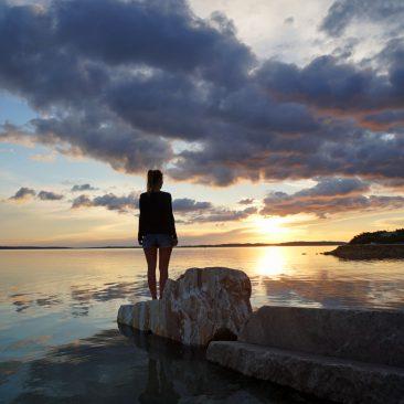 Atemberaubender Sonnenuntergang am Camp Miočić